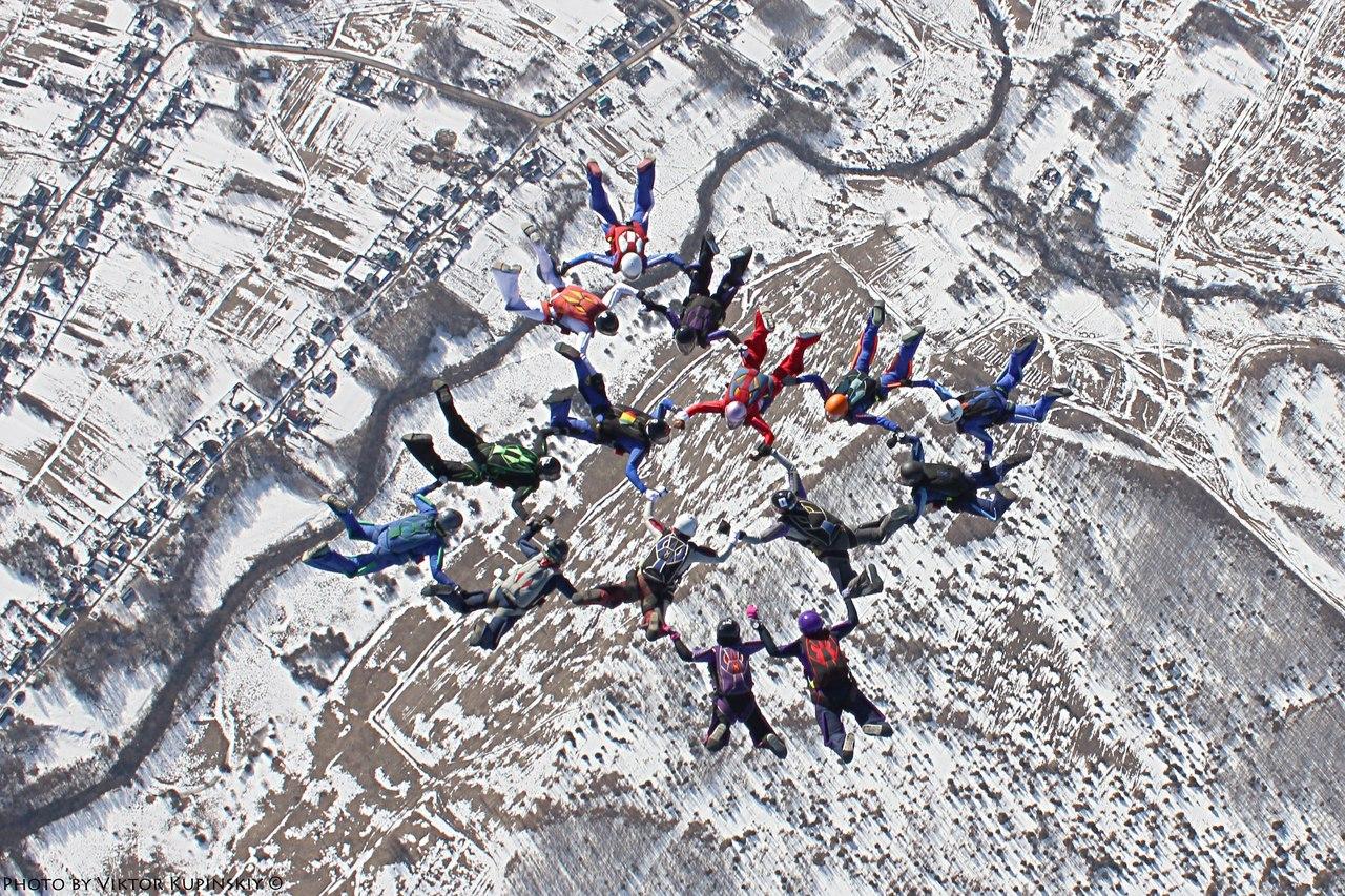 Воронежские парашютистки всоставе сборной ЦФО установили новый женский рекорд