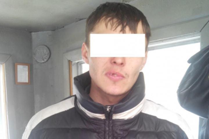 Омич, скрываясь от милиции, надел куртку навыворот