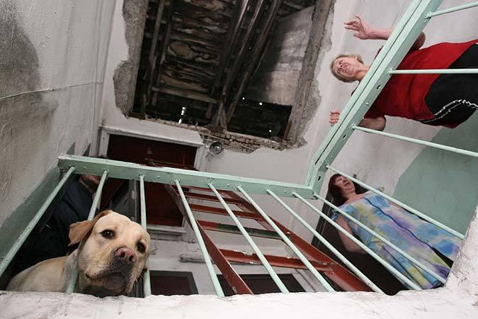 Подрядчика, который затянул капремонт вмногоэтажках Волжского, отстранили отработ