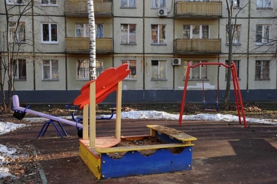 Под Воронежем надетской площадке погибла 13-летняя девочка