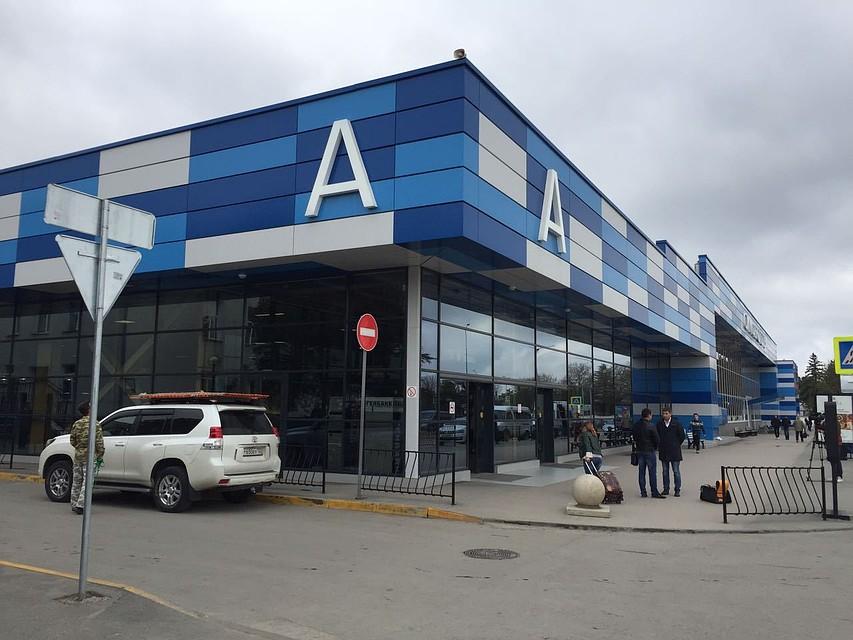 Фотовыставка крымских инфраструктурных проектов открылась ваэропорту Симферополь