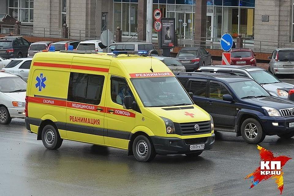 Кусок балкона рухнул наголову женщине вцентре Петербурга