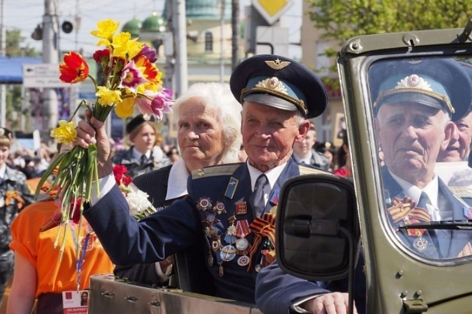 Таксисты Геленджика вДень Победы бесплатно отвезут ветеранов