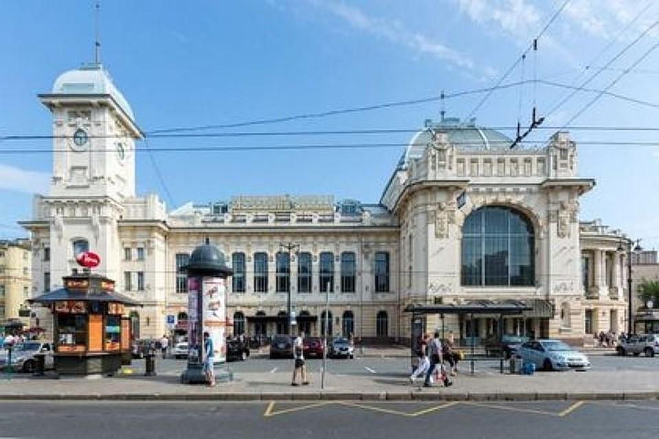 Строение  Витебского вокзала закрыли из-за юридического форума
