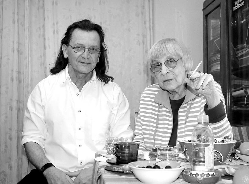 Легендарная русская поэтесса Юнна Мориц называет Владимира Скобцова Орфеем Донбасса. ФОТО: Из личного архива