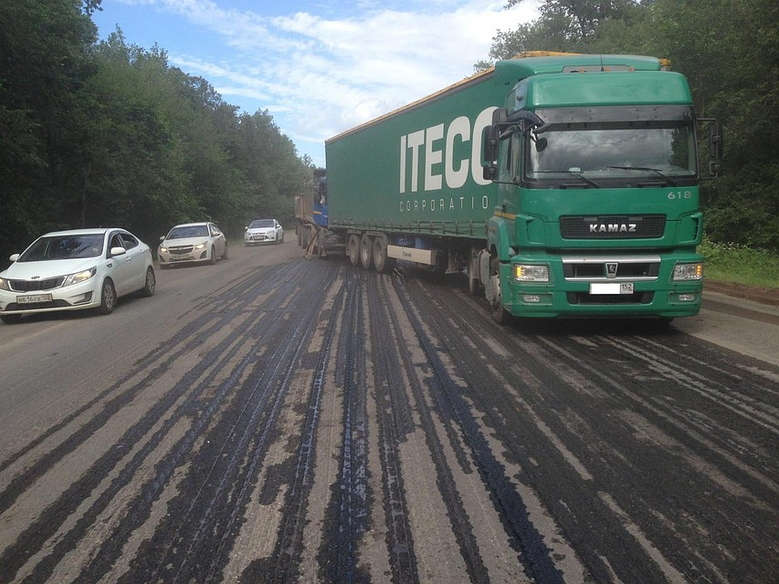 ВБашкирии вужасном ДТП столкнулись КАМАЗ иScania