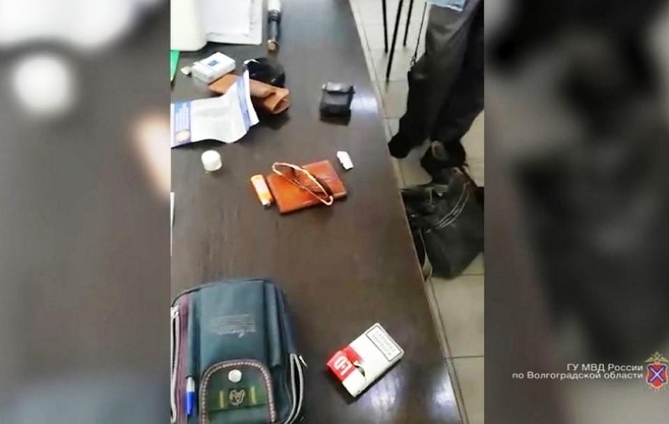 Иностранец натакси доставлял из столицы вВолгоград наркотики