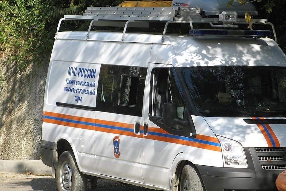 ВСочи после ДТП cотрудники экстренных служб деблокировали измашины мужчину