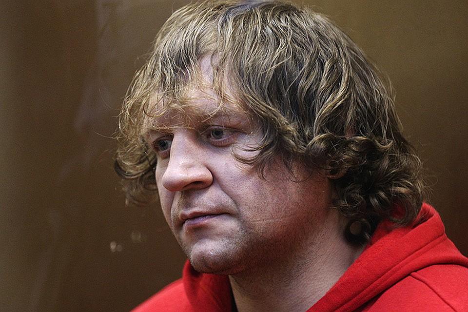 За реализацию наркотиков схвачен промоутер Александра Емельяненко