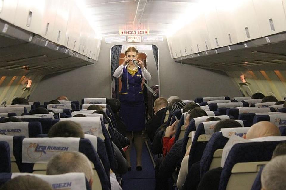 Самолет Пенза— Сочи столкнулся состаей птиц иэкстренно сел вСаратове