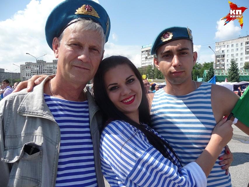 Отмечавший День ВДВ гражданин Новокузнецка упал сбалкона шестого этажа