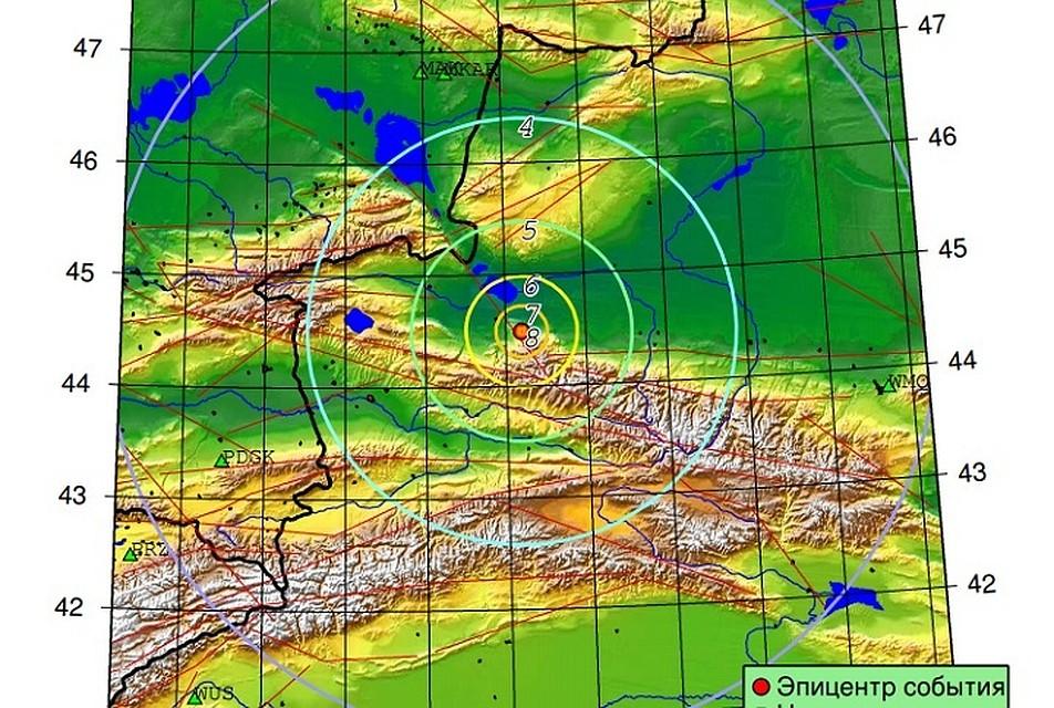 Закачались люстры: доНовосибирска дошли отголоски землетрясения в КНР