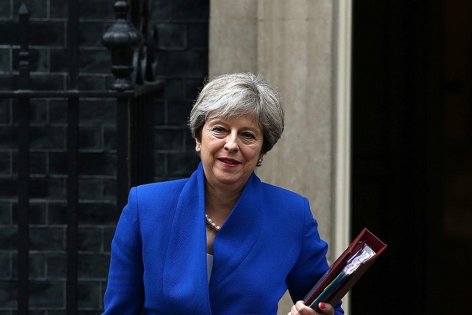СМИ проинформировали о вероятном уходе Мэй споста премьера Великобритании
