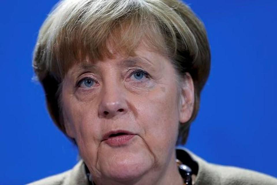 Меркель инициирует рассмотрение членства Турции вЕС