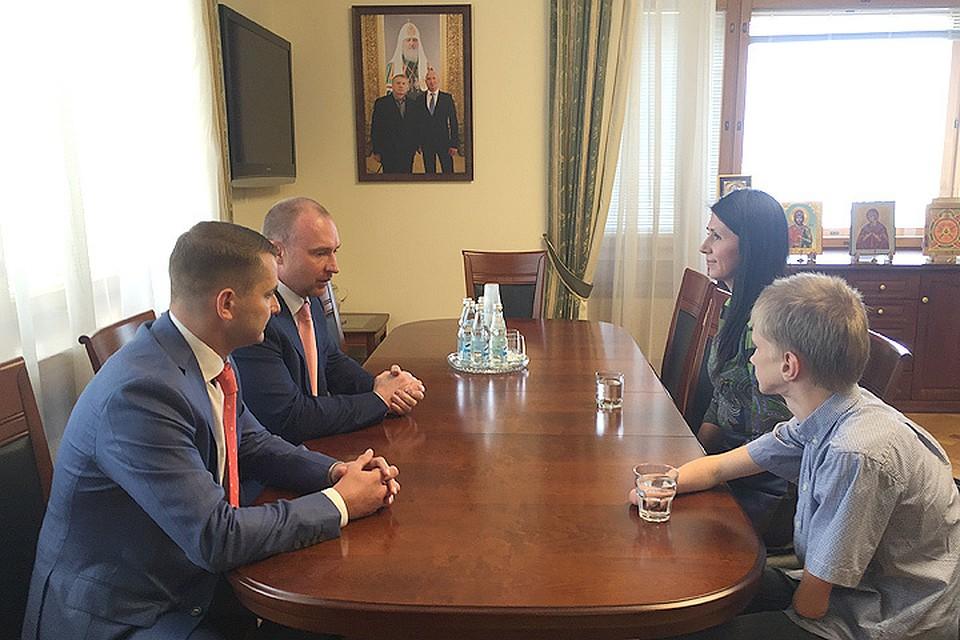 Сын Жириновского извинился перед мамой безрукой девушки
