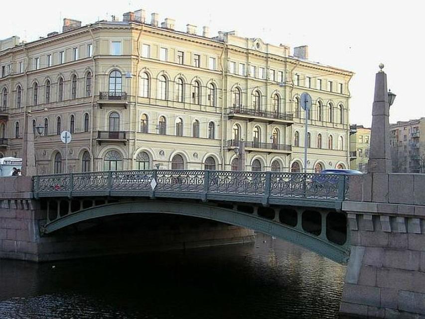 Участок Мойки под Поцелуевым мостом будет перекрыт для движения судов