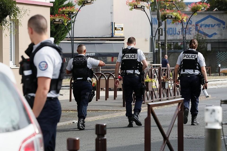 Навокзале вфранцузском Марселе женщина плеснула кислотой втуристок изсоедененных штатов