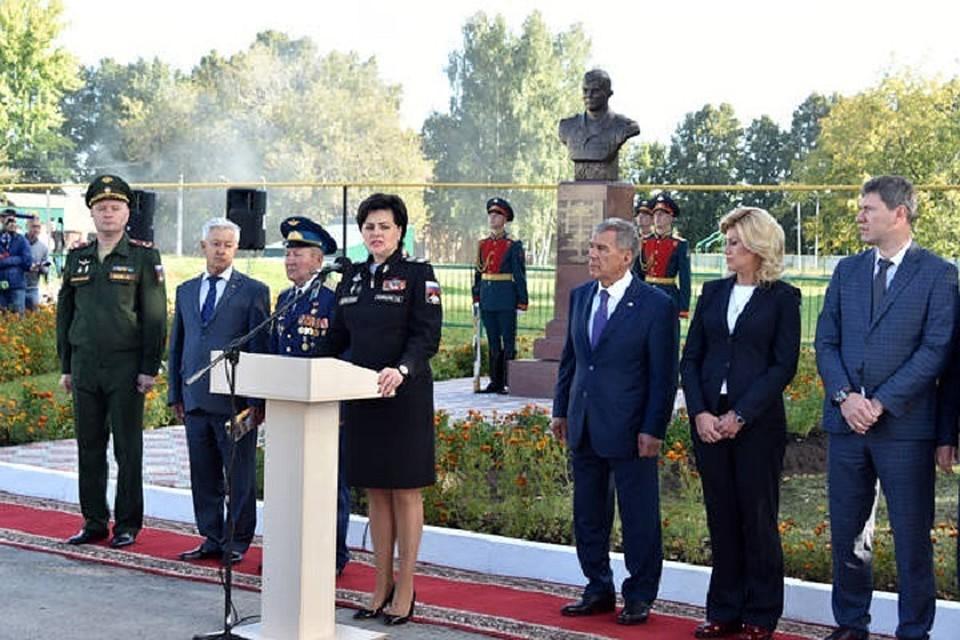 ВТатарстане открыли монумент погибшему вСирии военному
