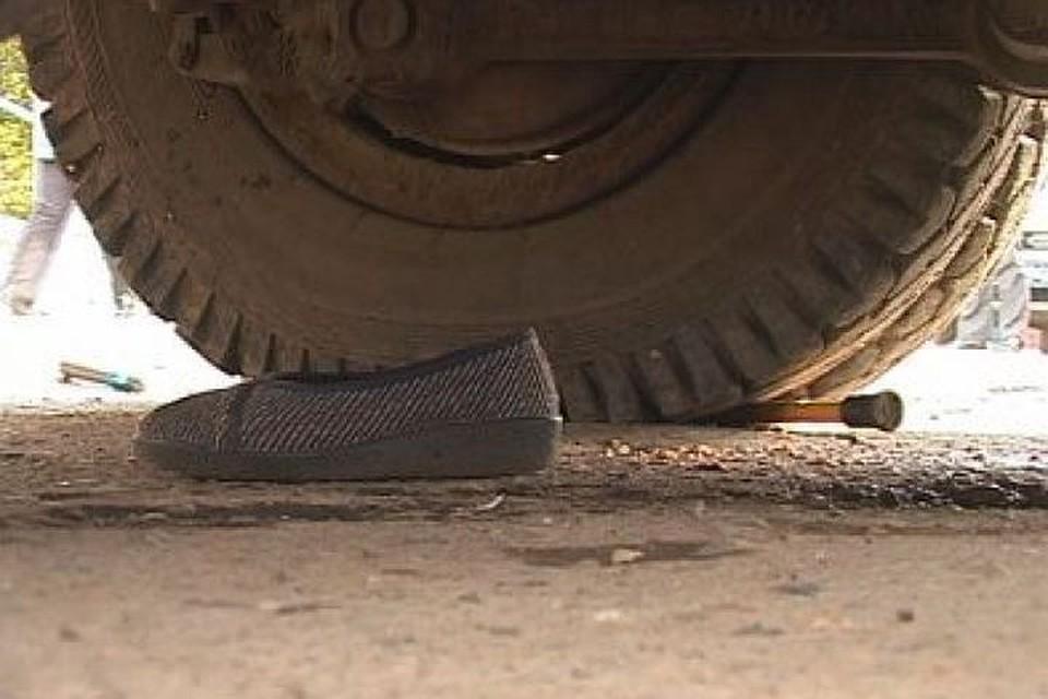 ВКазани 11-летний ребенок попал под колеса авто исломал стопу