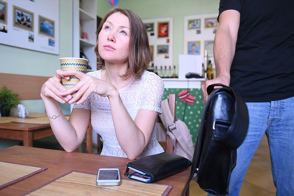 ВВоронеже гость кафе похитил у служащих заведения их сумочки