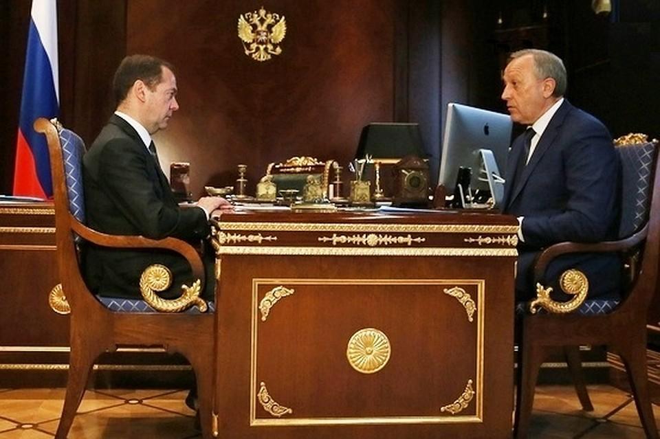 Радаев попросил Медведева посодействовать ликвидировать пробку надороге
