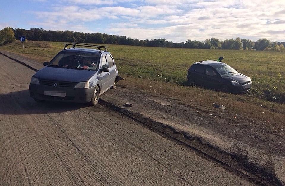 ВБашкирии нетрезвый шофёр «Форда» врезался встоявший автомобиль