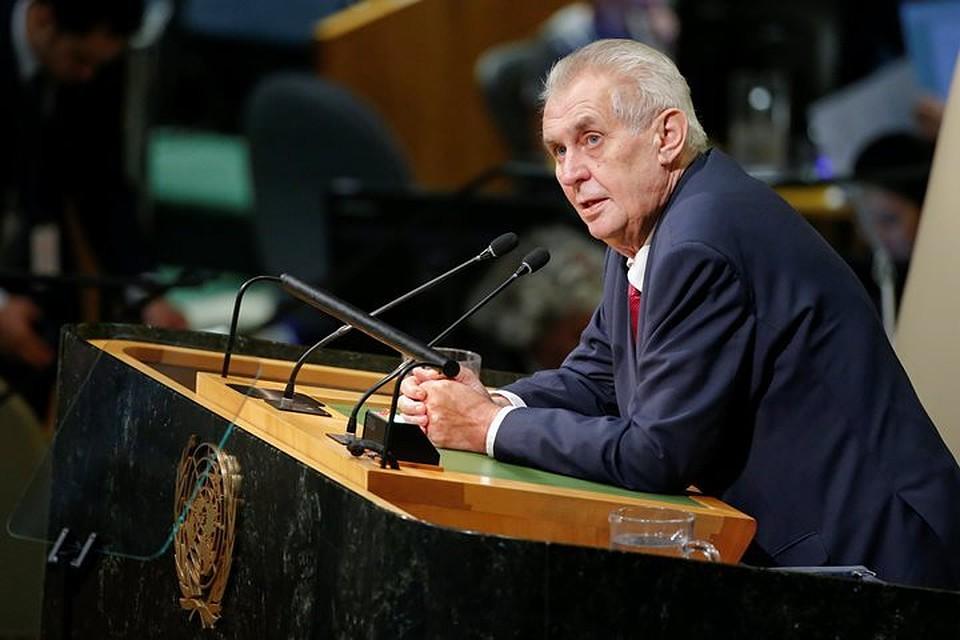 Чехия строго отреагировала накритику столицы Украины вадрес Милоша Земана— Крик неандертальцев