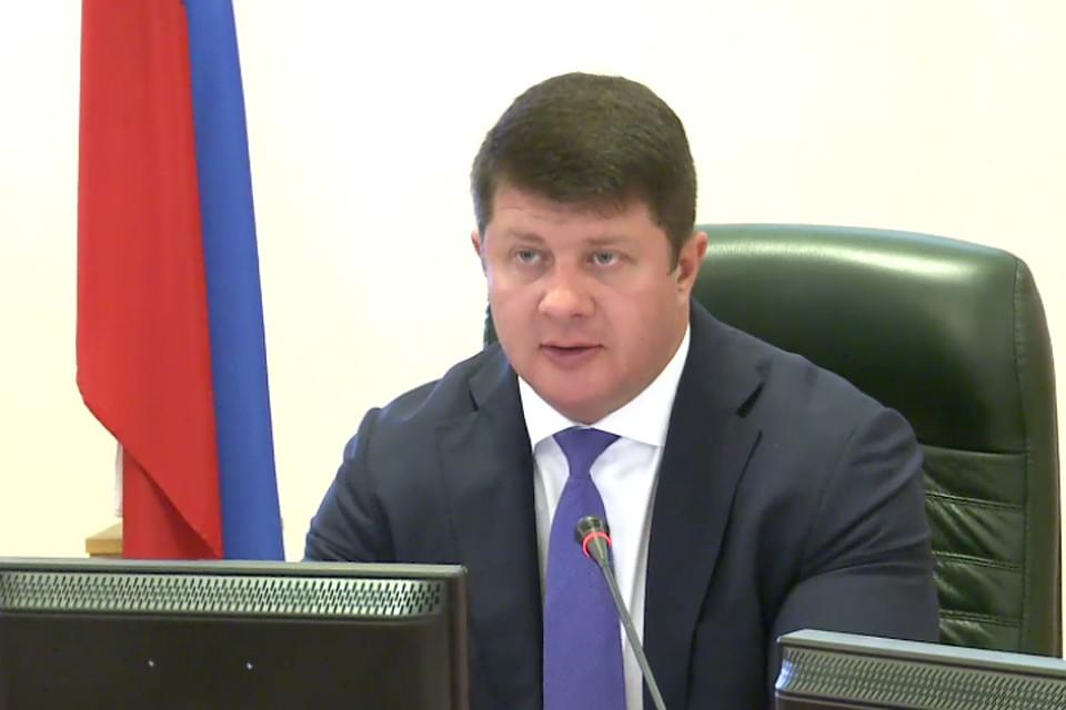 Слепцов напланерке распорядился сократить директора ПАТП-1