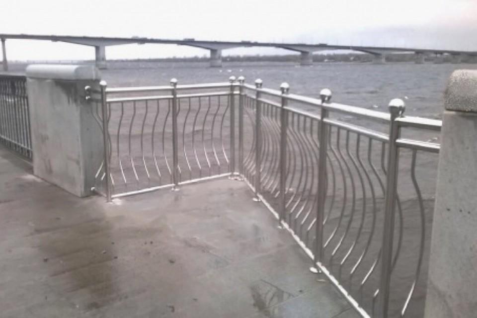 Нанабережной установили смотровой балкон