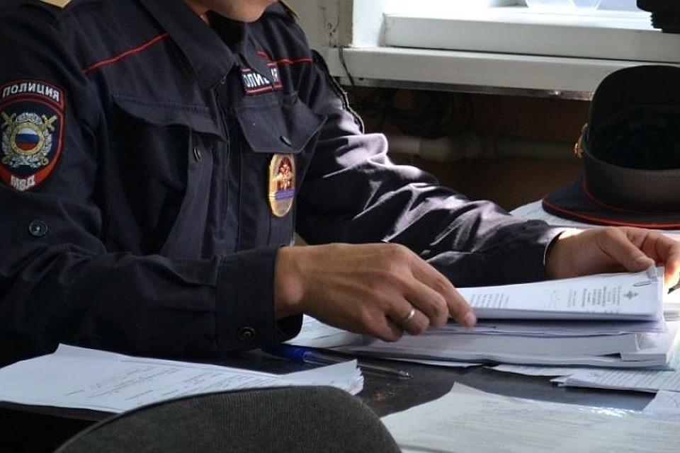 Растлившего 11-летнюю девочку надетской площадке петербуржца задержали