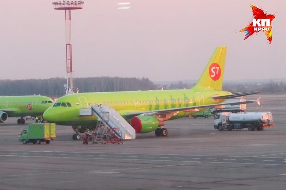 Летевший в столицу изУлан-Удэ самолет экстренно сел вКазани
