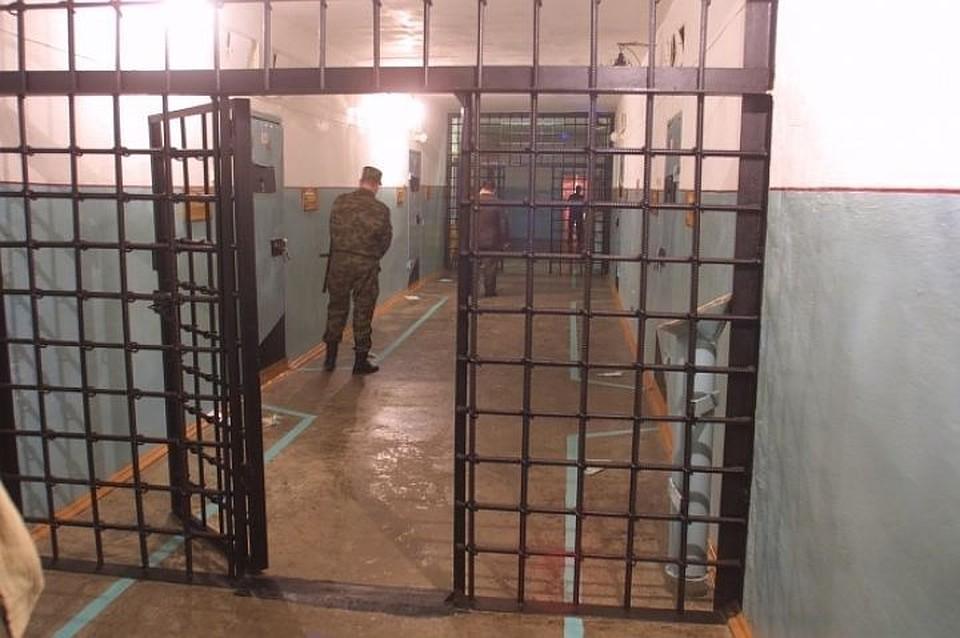 Кировские полицейские задержали большую группу наркосбытчиков