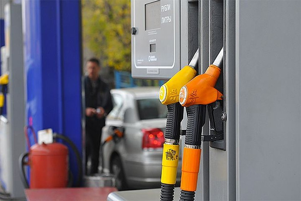 Рекордное повышение цен набензин пояснили вТопливном союзе