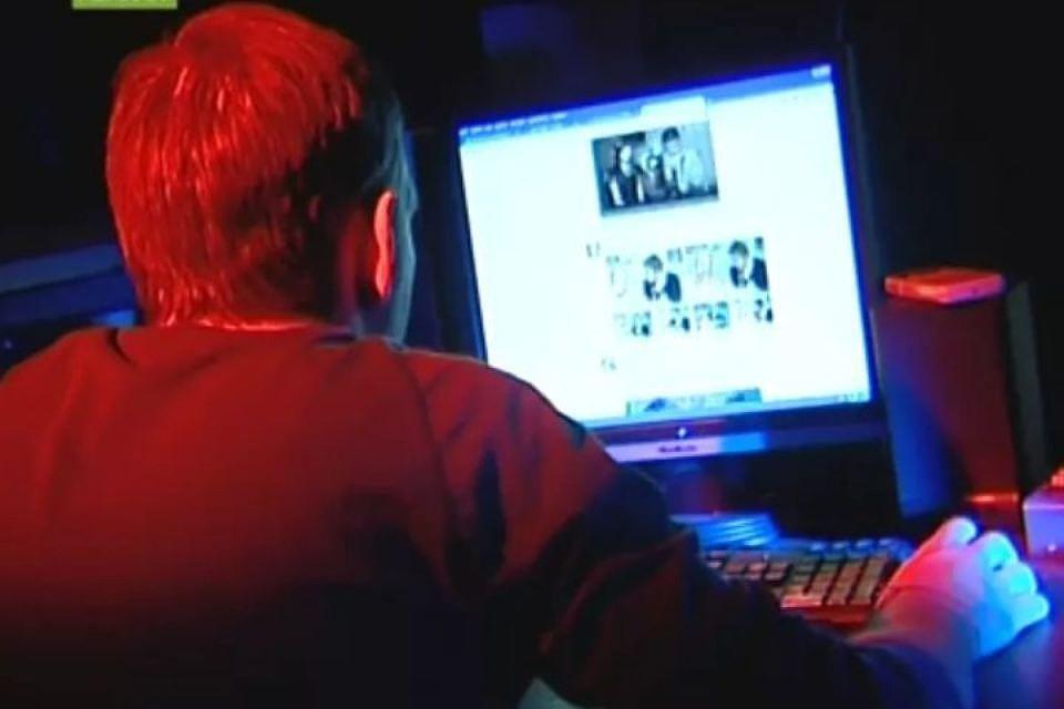 Кибер-педофил был схвачен при растлении 10-летней девушки вЛенобласти