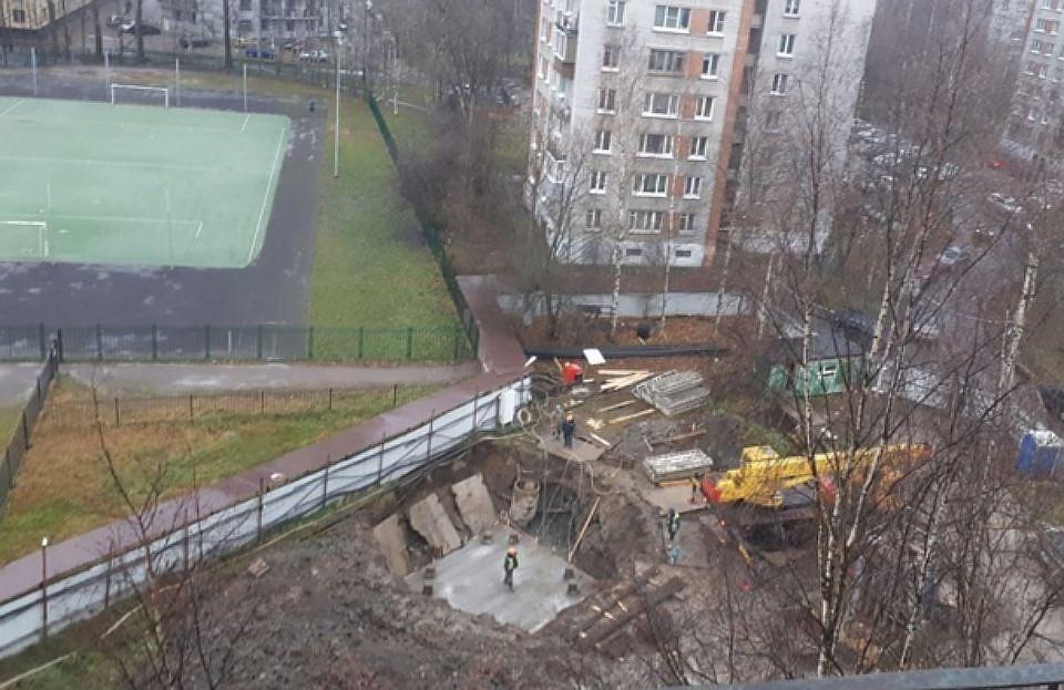 Госстройнадзор Петербурга «заморозил» строительствоЖК компании «Воин-В»