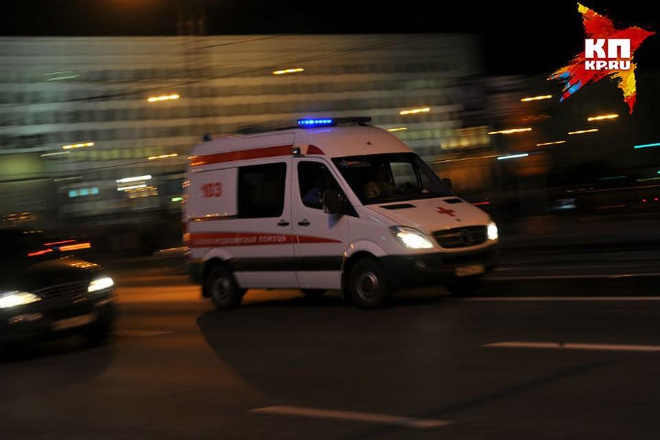 ВОмске автобус сбил молодую девушку врайоне парка 30-летия ВЛКСМ