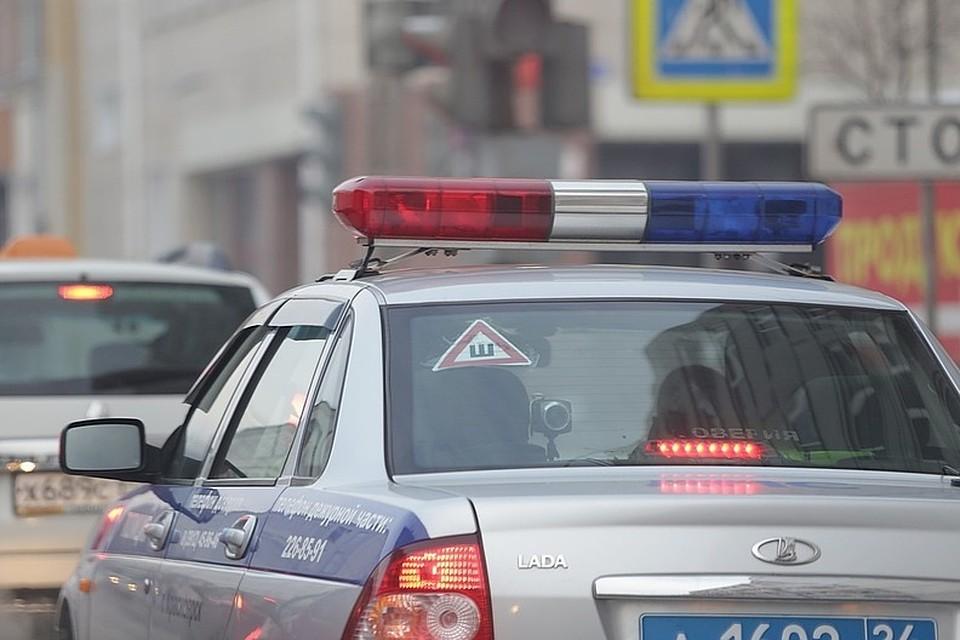 Полицейские напротяжении 2-х часов отыскали водителя, насмерть сбившего человека под Красноярском