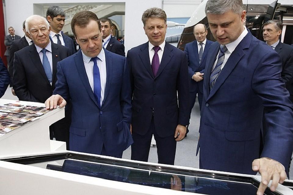 Медведев совершил виртуальную поездку поВСМ Москва-Казань