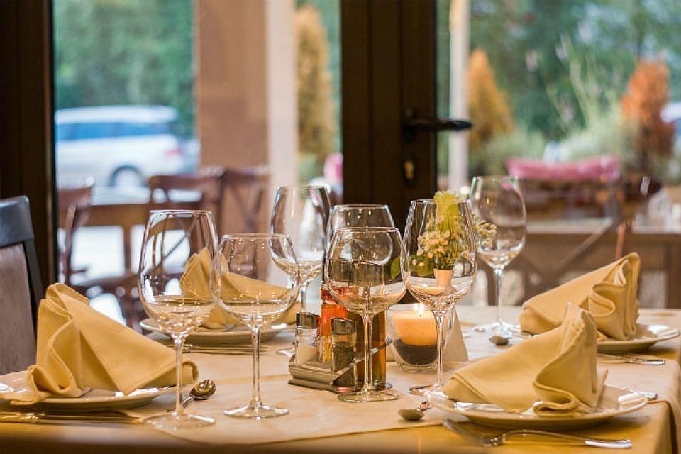 Специалисты назвали лучшие рестораны, кафе ибары Петербурга