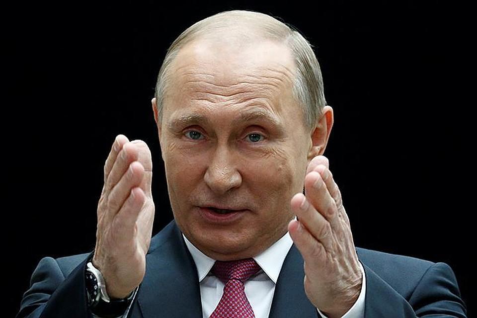 Путин позволил неофициальное использование герба Российской Федерации