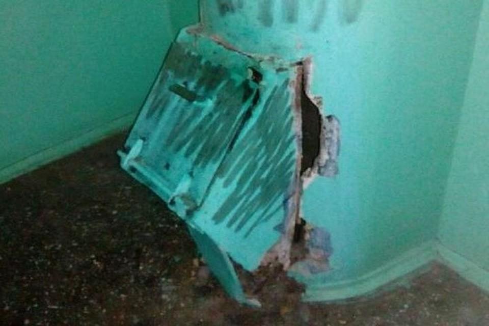 Вподъезде чебоксарской многоэтажки произошел взрыв