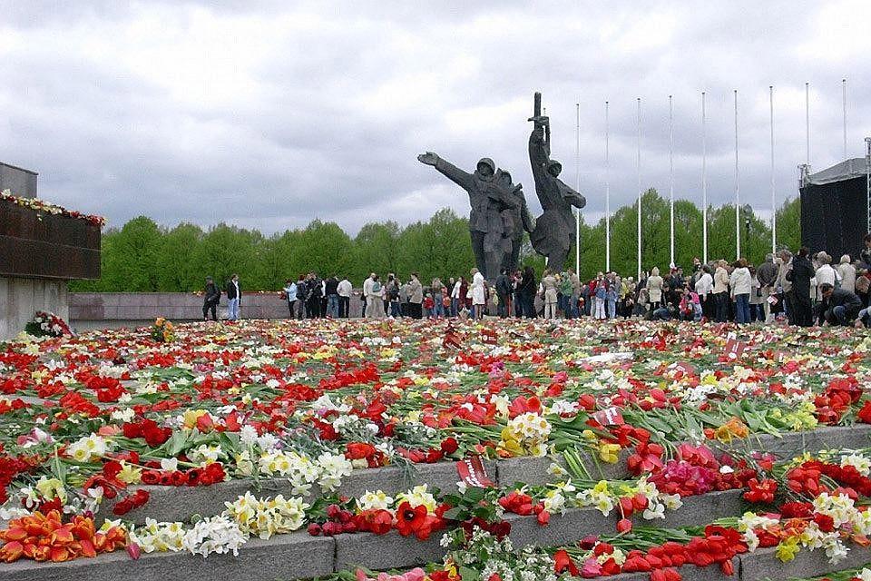 «Омерзительно»: закон Латвии оветеранахСС вызвал возмущение вСовфедеРФ