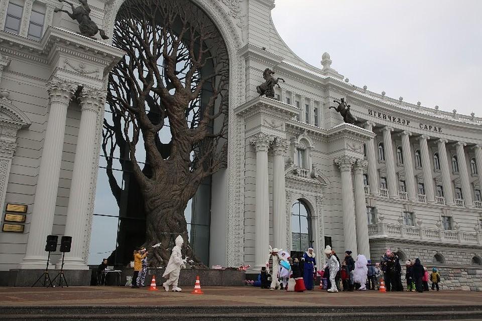 Всквере перед Дворцом земледельцев пройдут праздничные мероприятия