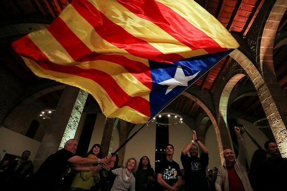 Парламент Каталонии обжаловал всуде действия Мадрида