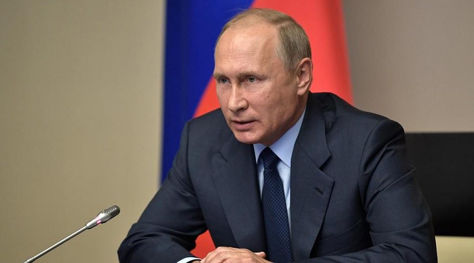 Всписок доверенных лиц В.Путина вошли неменее 10 петербуржцев