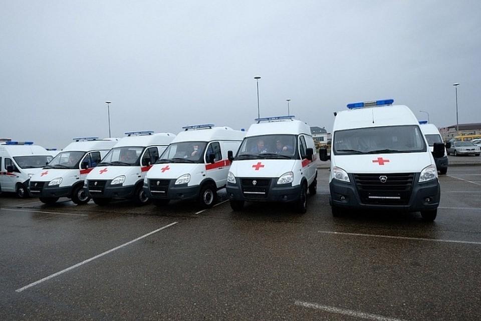 Муниципалитеты Кубани получили 41 машину скорой помощи и33 школьных автобус