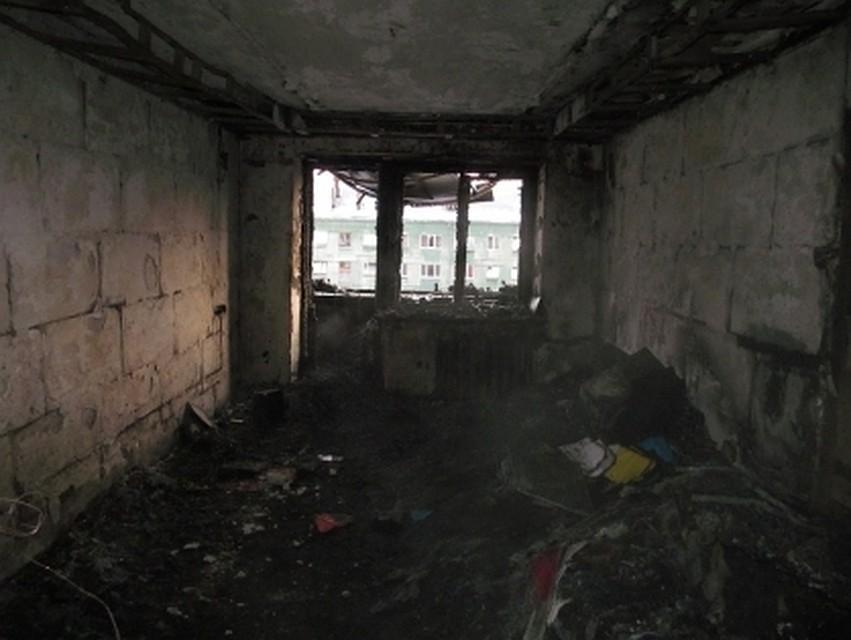 Катастрофа вПолевском: мать выпрыгнула изокна горящего дома, двое детей погибли