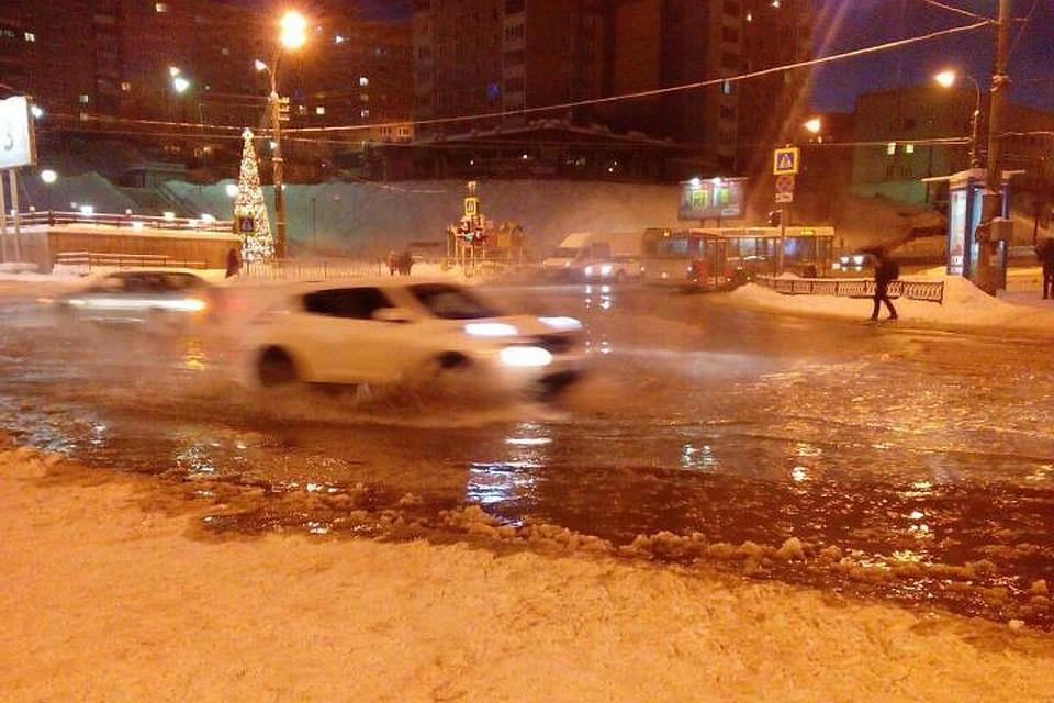 ВМурманске из-за прорыва воды перекрыты ряд городских улиц