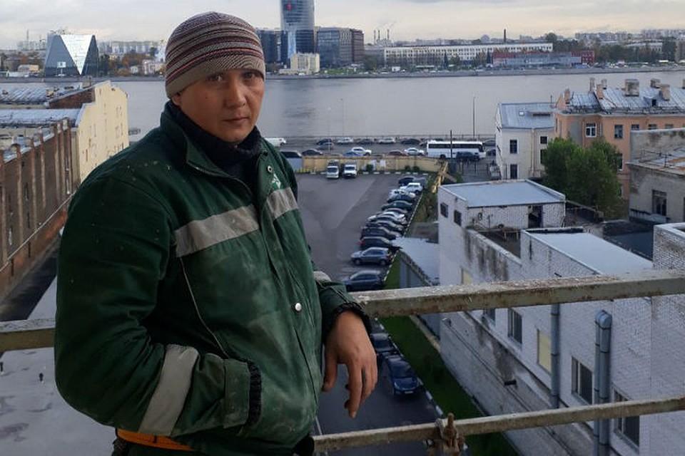 Петербуржец успел отправить жене СМС перед гибелью вотделении милиции