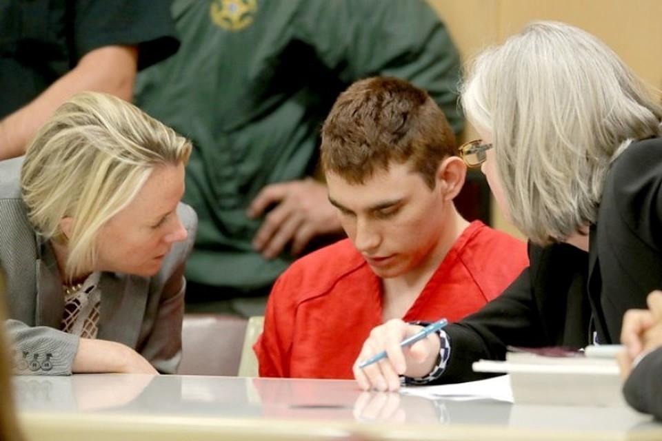 Генпрокуратура потребует смертельной казни для школьного стрелка изФлориды